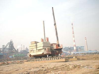 800T静压桩机在常州中天钢铁施工